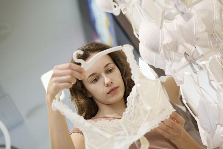 girl shopping lingerie