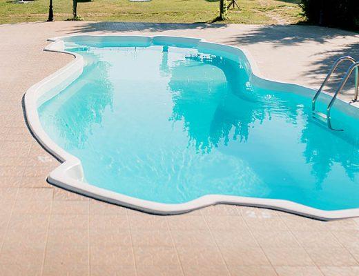 irregular shape pool