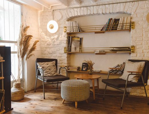 mediteranean style living room