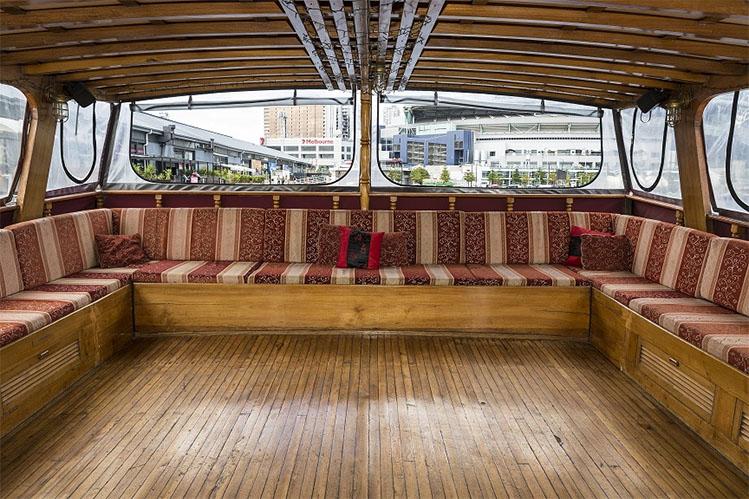 Oriental Queen cruises