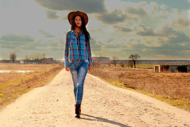 prairie fashion model girl