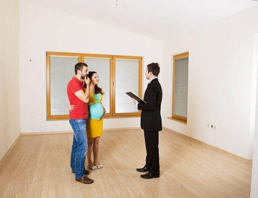 real estate agent house presentation