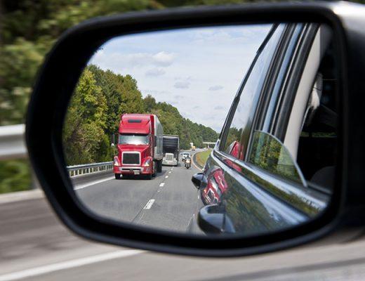 rear view mirror traffic