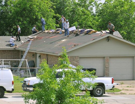 roof repair workers