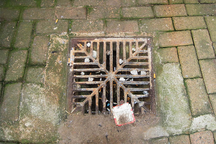 water drainage grid