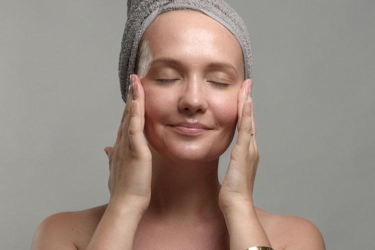 woman facial massage