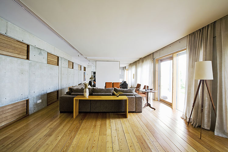 wooden flooring photo